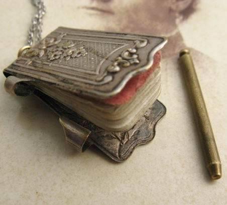 colgante cuaderno